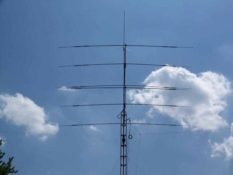 The tribander and dual bander and 2/440 vertical  antennas