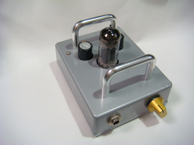 HEADPHONE AMPLIFER FOR TRANSEIVER