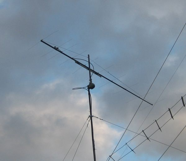 10 elements long-boom Yagi-Uda