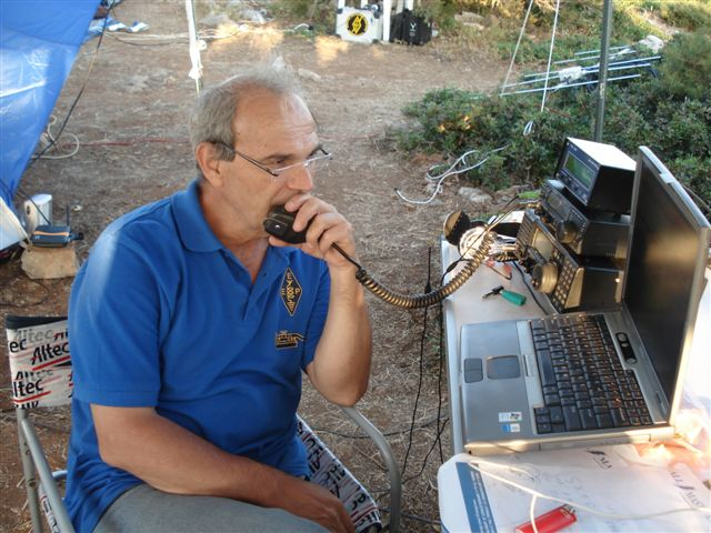 SV1RP forced to operate SSB on HF. From the few times as it is a CW maniac!