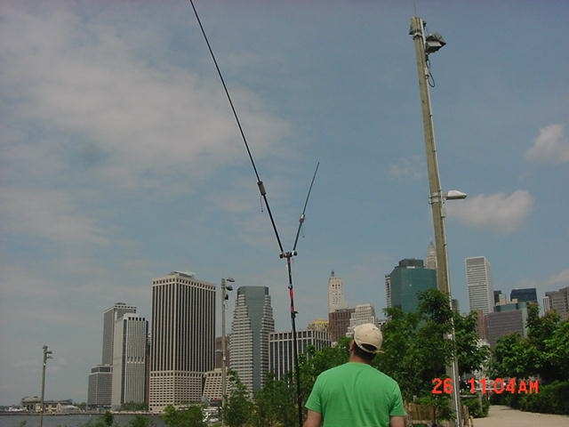 Field Day 2011 Brooklyn Bridge Park (Buddipole Antenna)