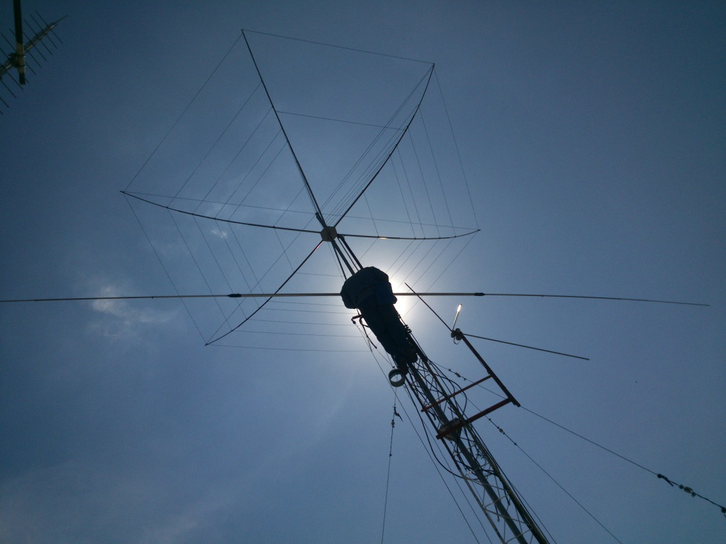 Installing Hexbeam and 40m dipole