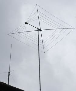G3TPW CobWebb and VHF/UHF Vertical