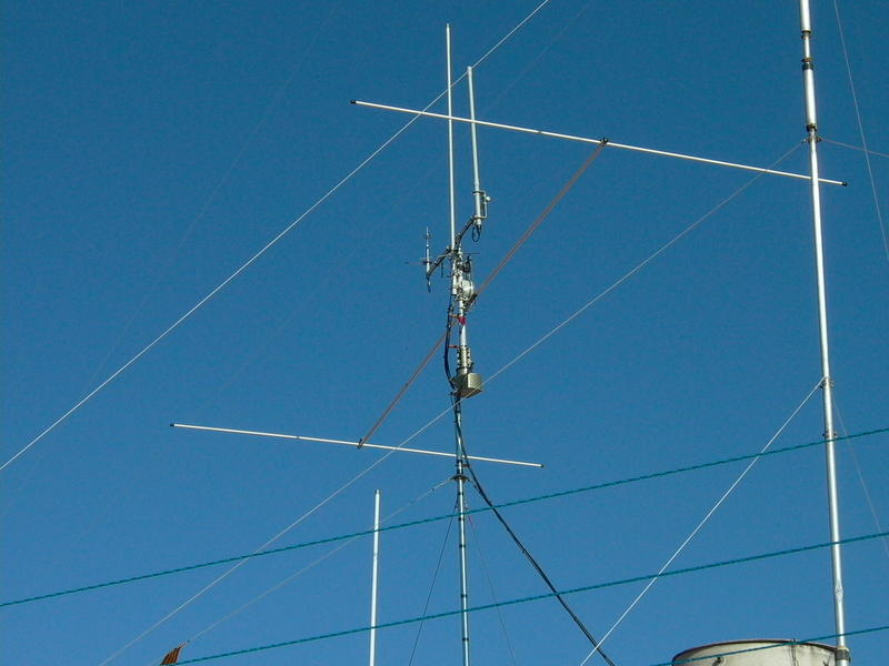 UP DUAL BEAM Antennas Diamond RX-50/ Satturn Workman-B100and small Diamont bibander