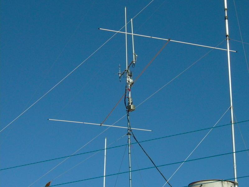 UP DUAL BEAM Antennas Diamond RX-50/ Satturn Workman-B100and small Diamont bibander