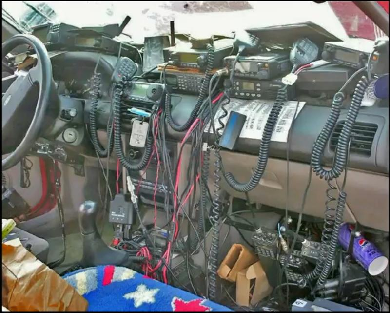 Resultado de imagen de HAM RADIO CAR