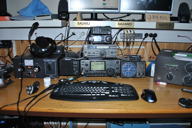This is my Radio Icom-7400