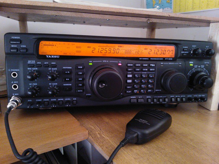 Yaesu FT-920 - July 2012