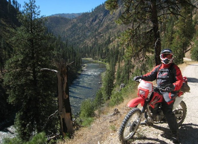 Dirt Bike riding in Idaho next to the Salmon River