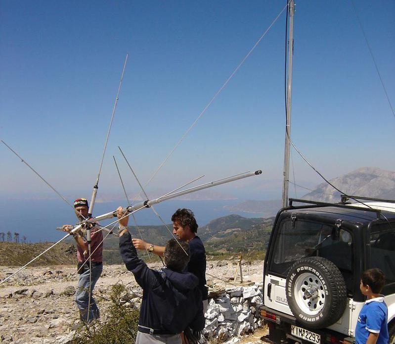 AEGEAN VHF SUMMER CONTEST 2007 - ALEX=SV8CYR, BASSILIS=SV8CYV, GIORGOS=SV8IJZ